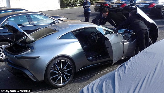 There it is! The special Aston Martin DB10, designed exclusively for the latest Bond film Spectre, was spotted on the Rome set of the movie on Thursday